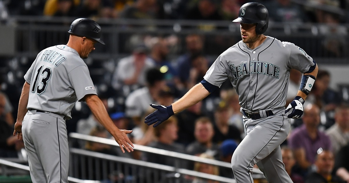 Mariners go back-to-back jacks in a win over Pirates