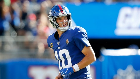 EAST RUTHERFORD, NEW JERSEY - SEPTEMBER 15:   (NEW YORK DAILIES OUT)  Eli Manning #10 of the New York Giants in action against the Buffalo Bills at MetLife Stadium on September 15, 2019 in East Rutherford, New Jersey. (Photo by Jim McIsaac/Getty Images)