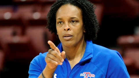 <p>               FILE - In this March 17, 2010, file photo, Louisiana Tech women's basketball coach Teresa Weatherspoon calls a play during practice in Ruston, La. The New Orleans Pelicans have hired Weatherspoon and AJ Diggs as assistant coaches with a focus on player development. (AP Photo/Kita Wright, File)             </p>