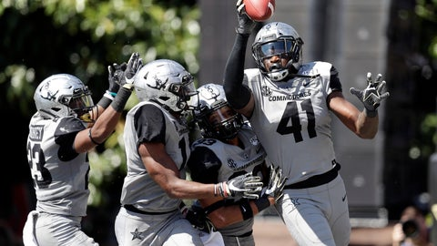 <p>               Vanderbilt linebacker Elijah McAllister (41) celebrates after recovering a fumble in the end zone for a touchdown against LSU in the first half of an NCAA college football game Saturday, Sept. 21, 2019, in Nashville, Tenn. (AP Photo/Mark Humphrey)             </p>
