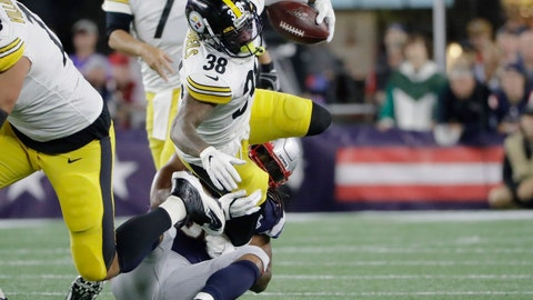 <p>               New England Patriots outside linebacker Dont'a Hightower tackles Pittsburgh Steelers running back Jaylen Samuels (38) in the first half an NFL football game, Sunday, Sept. 8, 2019, in Foxborough, Mass. (AP Photo/Steven Senne)             </p>