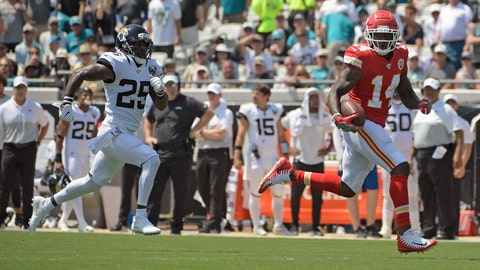 <p>               Kansas City Chiefs wide receiver Sammy Watkins, right, outruns Jacksonville Jaguars defensive back D.J. Hayden to the end zone for a 68-yard touchdown on a pass play during the first half of an NFL football game, Sunday, Sept. 8, 2019, in Jacksonville, Fla. (AP Photo/Phelan M. Ebenhack)             </p>