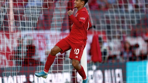 <p>               Bayern's Philippe Coutinho celebrates after scoring his side's 3rd goal by penalty during the German Bundesliga soccer match between FC Bayern Munich and 1. FC Cologne in Munich, Germany, Saturday, Sept. 21, 2019. (AP Photo/Matthias Schrader)             </p>