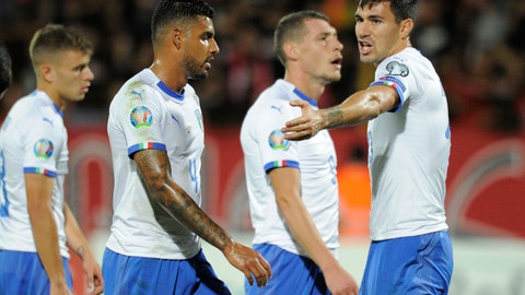 <p>               Italy's Alessio Romagnoli, right, reacts during the Euro 2020 group J qualifying soccer match between Armenia and Italy at the Vazgen Sargsyan Republican stadium in Yerevan, Armenia, Thursday, Sept. 5, 2019. (AP Photo/Hakob Berberyan)             </p>