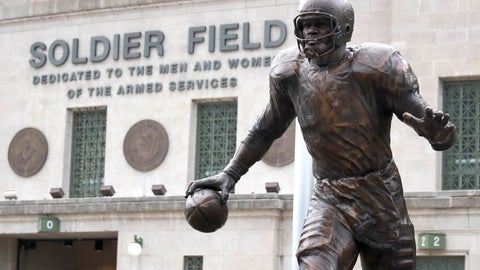 <p>               The newly dedicated statue of Chicago Bears and Pro Football Hall of Fame running back Walter Payton stands outside Soldier Field during an unveiling ceremony of statues honoring George Halas and Payton, Tuesday, Sept. 3, 2019, in Chicago. (AP Photo/Charles Rex Arbogast)             </p>
