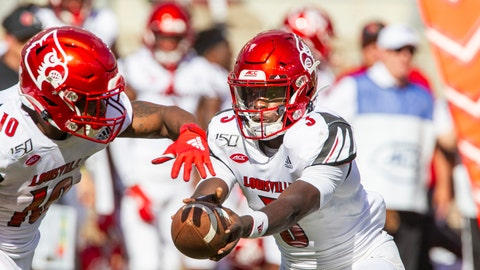 <p>               Louisville quarterback Malik Cunningham (3) hands off to running back Javian Hawkins (10) in the first half of an NCAA college football game against Florida State in Tallahassee, Fla., Saturday, Sept. 21, 2019. (AP Photo/Mark Wallheiser)             </p>
