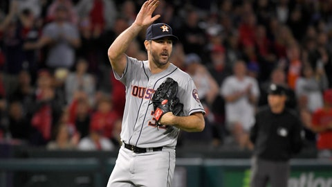 <p>               Houston Astros starting pitcher Justin Verlander waves to fans striking out Los Angeles Angels' Kole Calhoun forays 3,000th career strikeout during the fourth inning of a baseball game Saturday, Sept. 28, 2019, in Anaheim, Calif. (AP Photo/Mark J. Terrill)             </p>