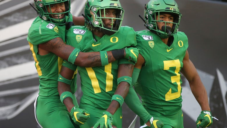No. 15 Oregon hosts Montana to wrap up nonconference play