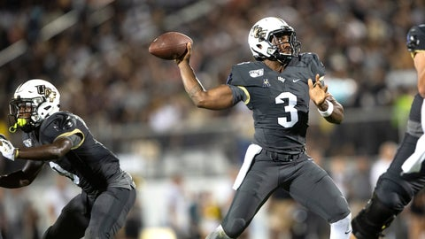 <p>               Central Florida quarterback Brandon Wimbush (3) throws the ball during the first half of an NCAA college football game against Florida A&M, Thursday, Aug. 29, 2019, in Orlando, Fla. (AP Photo/Willie J. Allen Jr.)             </p>