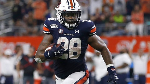 <p>               FILE - In this Aug. 31, 2019, file photo, Auburn running back JaTarvious Whitlow (28) runs against Oregon during the second half of an NCAA college football game, in Arlington, Texas. No. 8 Auburn has been leaning heavily on JaTarvious Whitlow to power a running game that's key in supporting freshman quarterback Bo Nix. (AP Photo/Ron Jenkins, File)             </p>