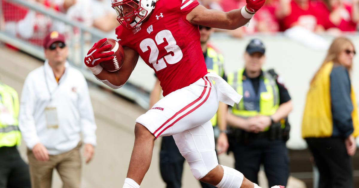 Badgers move up to No. 13 in AP Top 25 poll   FOX Sports