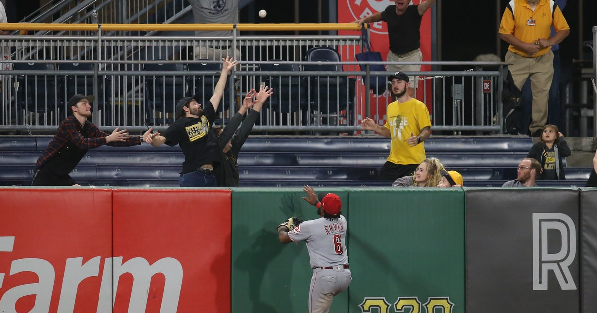 Pirates rally for 6-5 walk-off win over Reds | FOX Sports