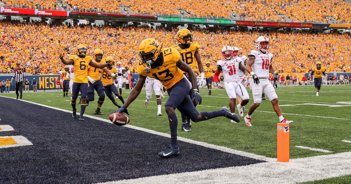 Watch West Virginia Mountaineers offense score two first half touchdowns against NC State