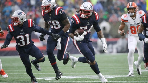 <p>               New England Patriots linebacker Dont'a Hightower (54) runs for a touchdown after recovering a fumble in the first half of an NFL football game against the Cleveland Browns, Sunday, Oct. 27, 2019, in Foxborough, Mass. (AP Photo/Elise Amendola)             </p>