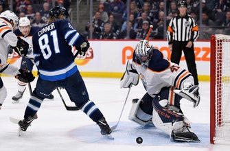 Jets snap 3-game losing streak, beat Oilers in shootout