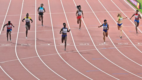 <p>               Dina Asher-Smith, of Great Britain, fourth from left, and others from left, Gina Bass, of The Gambia, Lisa Marie Kwayie, of Germany, Anthonique Strachan, of Bahamas, Kamaria Durant, of Trinidad and Tobago, Dezerea Bryant, of the United States, Maja Mihalinec, of Slovenia, and Marileidy Paulino, of the Dominican Republic, compete in the women's 200 meter semifinals at the World Athletics Championships in Doha, Qatar, Tuesday, Oct. 1, 2019. (AP Photo/Martin Meissner)             </p>