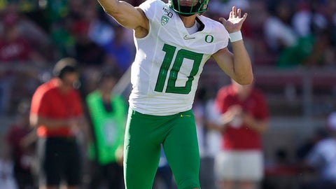 <p>               Oregon quarterback Justin Herbert (10) throws against Stanford during the first half of an NCAA college football game on Saturday, Sept. 21, 2019, in Stanford, Calif. (AP Photo/Tony Avelar)             </p>