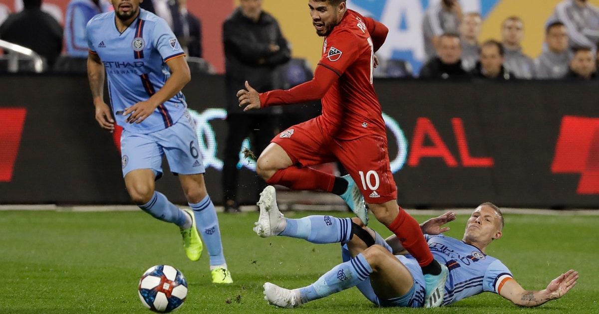 Pozuelo scores twice, Toronto advances to conference final | FOX Sports