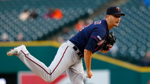 <p>               Minnesota Twins pitcher Jake Odorizzi watches a throw to a Detroit Tigers batter during the first inning of a baseball game in Detroit, Tuesday, Sept. 24, 2019. (AP Photo/Paul Sancya)             </p>