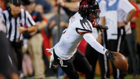 <p>               Louisville wide receiver Tutu Atwell reaches for the end zone as he scores on a 9-yard pass reception against Wake Forest during the first half of an NCAA college football game in Winston-Salem, N.C., Saturday, Oct. 12, 2019. (AP Photo/Nell Redmond)             </p>