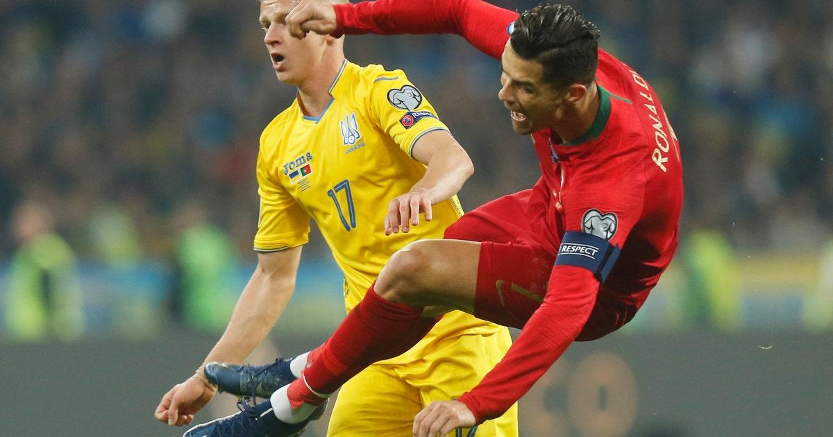 Ronaldo nets 700th career goal in Portugal's loss to Ukraine | FOX Sports