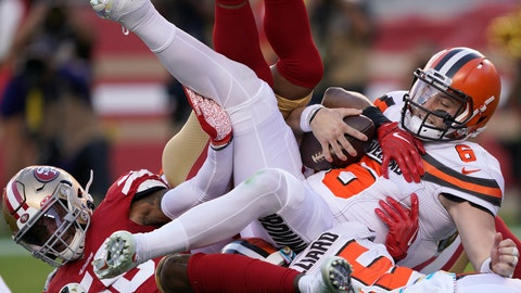 <p>               Cleveland Browns quarterback Baker Mayfield (6) is sacked by San Francisco 49ers middle linebacker Kwon Alexander, left, and K'Waun Williams during the first half of an NFL football game in Santa Clara, Calif., Monday, Oct. 7, 2019. (AP Photo/Tony Avelar)             </p>