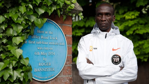 <p>               FILE - In this Tuesday, April 30, 2019 file photo, marathon world record holder Kenya's Eliud Kipchoge poses for photographers at the Iffley Road Track, in Oxford, England. Kipchoge's attempt to run a sub two-hour marathon has been set for Saturday, Oct. 12 in Prater park, a landmark part of the Vienna City Marathon. Event organizers decided Wednesday to stick to the first planned race date, although they initially used a nine-day window to allow rescheduling for any unfavorable weather conditions. (AP Photo/Matt Dunham, file)             </p>