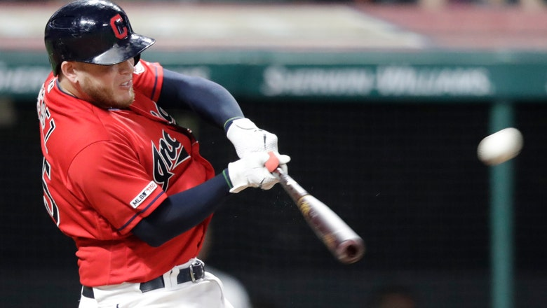 Indians C Pérez has ankle surgery, expected ready for camp
