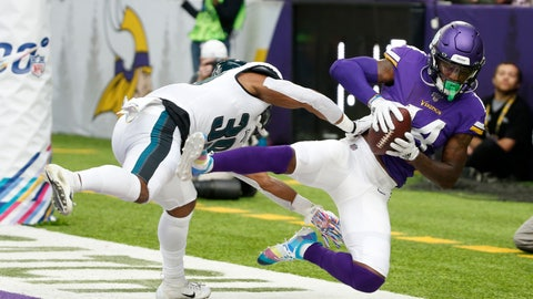 <p>               Minnesota Vikings wide receiver Stefon Diggs catches an 11-yard touchdown pass in front of Philadelphia Eagles defensive back Craig James, left, during the second half of an NFL football game, Sunday, Oct. 13, 2019, in Minneapolis. (AP Photo/Bruce Kluckhohn)             </p>