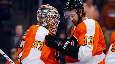 <p>               Philadelphia Flyers' Kevin Hayes, right, celebrates the win with Brian Elliott, left, following the third period of an NHL hockey game against the Columbus Blue Jackets, Saturday, Oct. 26, 2019, in Philadelphia. The Flyers won 7-4. (AP Photo/Chris Szagola)             </p>