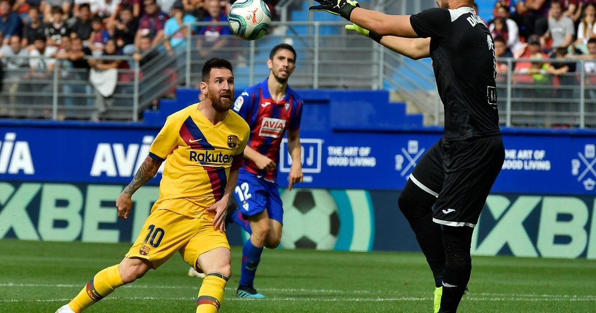 Big 3 score to give Barcelona 3-0 win at Eibar