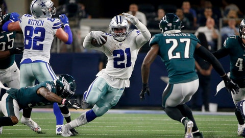 <p>               Dallas Cowboys tight end Jason Witten (82) blocks for running back Ezekiel Elliott (21) as Philadelphia Eagles strong safety Malcolm Jenkins (27) attempts to make the stop in the first half of an NFL football game in Arlington, Texas, Sunday, Oct. 20, 2019. (AP Photo/Ron Jenkins)             </p>