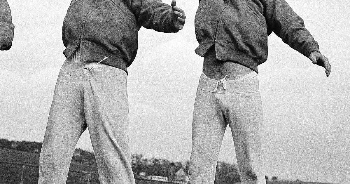 NFL reaches West Coast, is fairly stable despite war in '40s