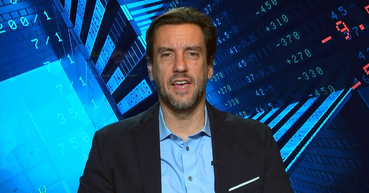 Clay Travis likes the Eagles to cover against the Cowboys this Sunday