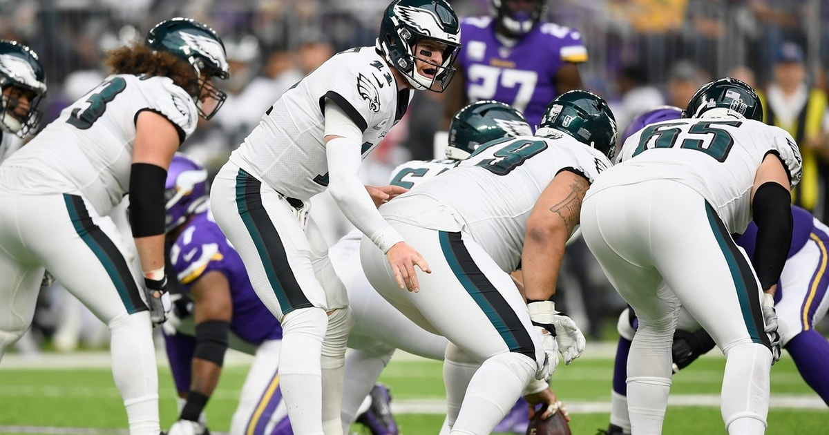 LaVar Arrington weighs in on the significance of Eagles players criticizing Carson Wentz
