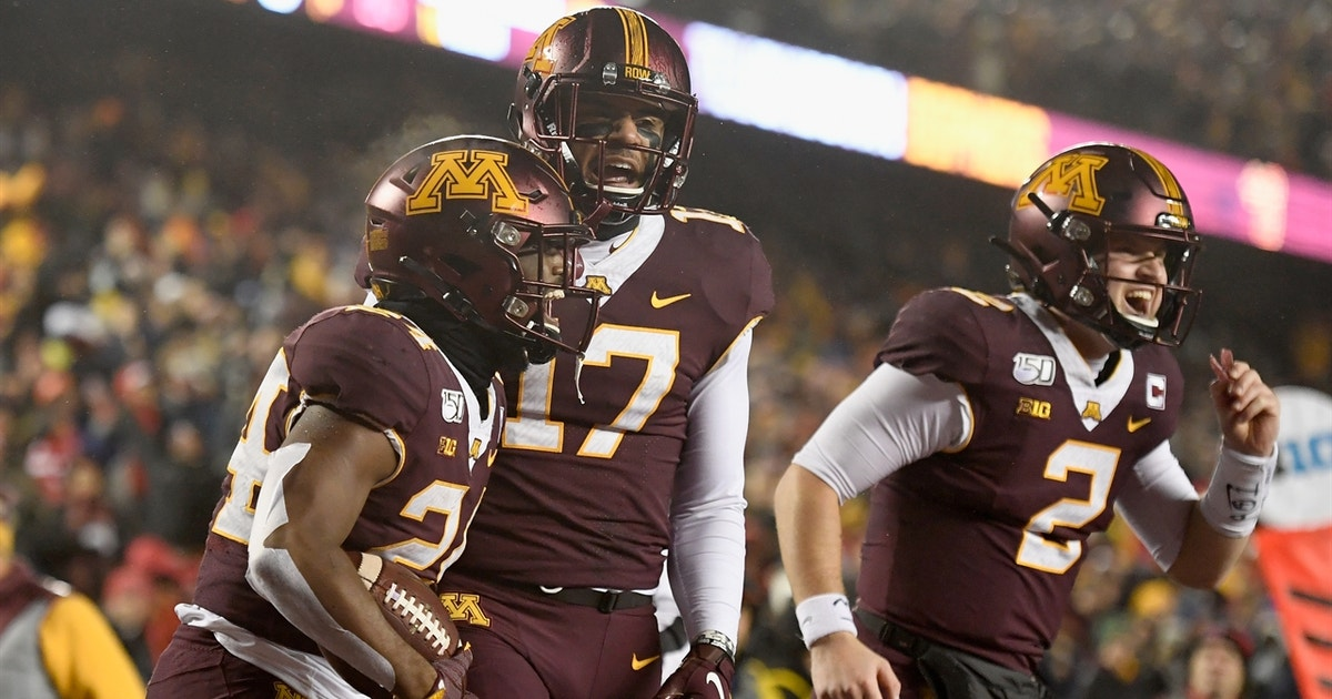 Minnesota rushes for 322 yards in rout of Nebraska, off to first 6-0 start in 16 years