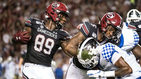 <p>               South Carolina wide receiver Bryan Edwards (89) runs with the ball behind a block by Rico Dowdle (5) against Kentucky during the first half of an NCAA college football game Saturday, Sept. 28, 2019, in Columbia, S.C. (AP Photo/Sean Rayford)             </p>