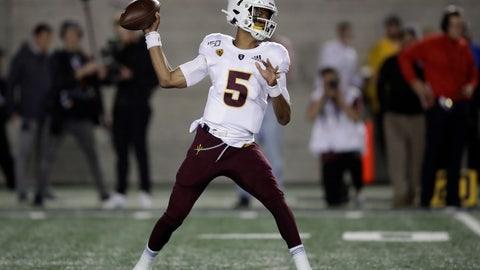 <p>               Arizona State quarterback Jayden Daniels passes against California in the first half of an NCAA college football game, Friday, Sept. 27, 2019, in Berkeley, Calif. (AP Photo/Ben Margot)             </p>