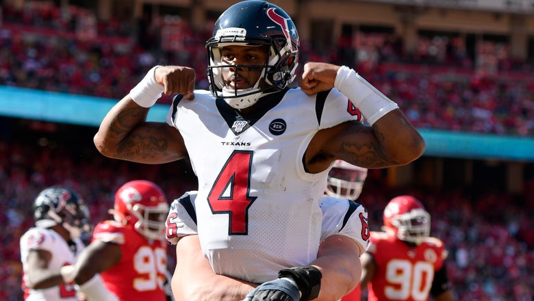 Watson outduels Mahomes, leads Texans past Chiefs