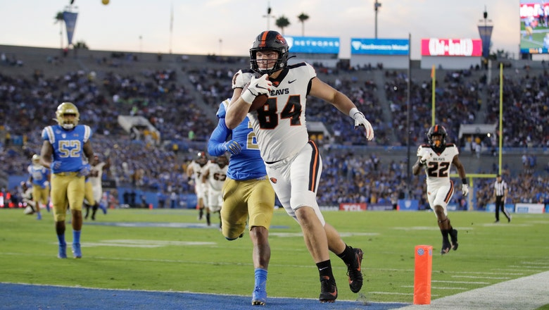 Luton throws for 5 TDs as Oregon State defeats UCLA 48-31