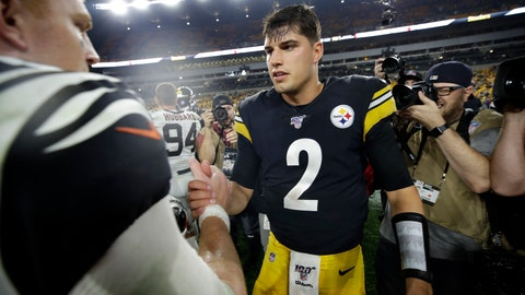 <p>               Pittsburgh Steelers quarterback Mason Rudolph (2) and Cincinnati Bengals quarterback Andy Dalton meet on the field following an NFL football game in Pittsburgh, Monday, Sept. 30, 2019. (AP Photo/Don Wright)             </p>