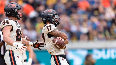 <p>               Oregon State wide receiver Isaiah Hodgins (17) reacts with tight end Teagan Quitoriano (84) after scoring a touchdown against the California  in the second quarter of an NCAA college football game in Berkeley, Calif., Saturday, October 19, 2019. (AP Photo/John Hefti)             </p>