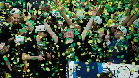 <p>               File - In this March 16, 2019, file photo, Oregon celebrates after defeating Washington 68-48 in an NCAA college basketball game in the final of the Pac-12 men's tournament in Las Vegas. Payton Pritchard wants Oregon to dominate from the start this year. Oregon is ranked No. 15 in the AP preseason poll. It is the second straight year the Ducks have been ranked to start the season. (AP Photo/John Locher, File)             </p>
