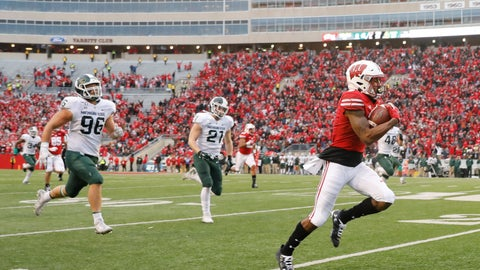 <p>               Wisconsin wide receiver Kendric Pryor (3) outruns Michigan State defensive end Jacub Panasiuk (96) and linebacker Chase Kline (21) for a reception touchdown during the second half of an NCAA college football game Saturday, Oct. 12, 2019, in Madison, Wis. Wisconsin won 38-0. (AP Photo/Andy Manis)             </p>