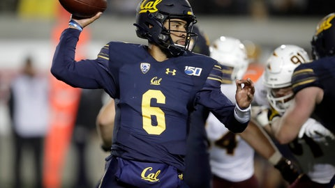 <p>               California quarterback Devon Modster (6) passes against Arizona State in the second half of an NCAA college football game, Friday, Sept. 27, 2019, in Berkeley, Calif. (AP Photo/Ben Margot)             </p>