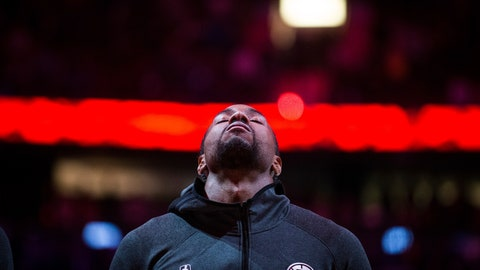 <p>               Los Angeles Clippers' Kawhi Leonard stands during the national anthems before the team's NBA preseason basketball game against the Dallas Mavericks on Thursday, Oct. 17, 2019, in Vancouver, British Columbia. (Darryl Dyck/The Canadian Press via AP)             </p>
