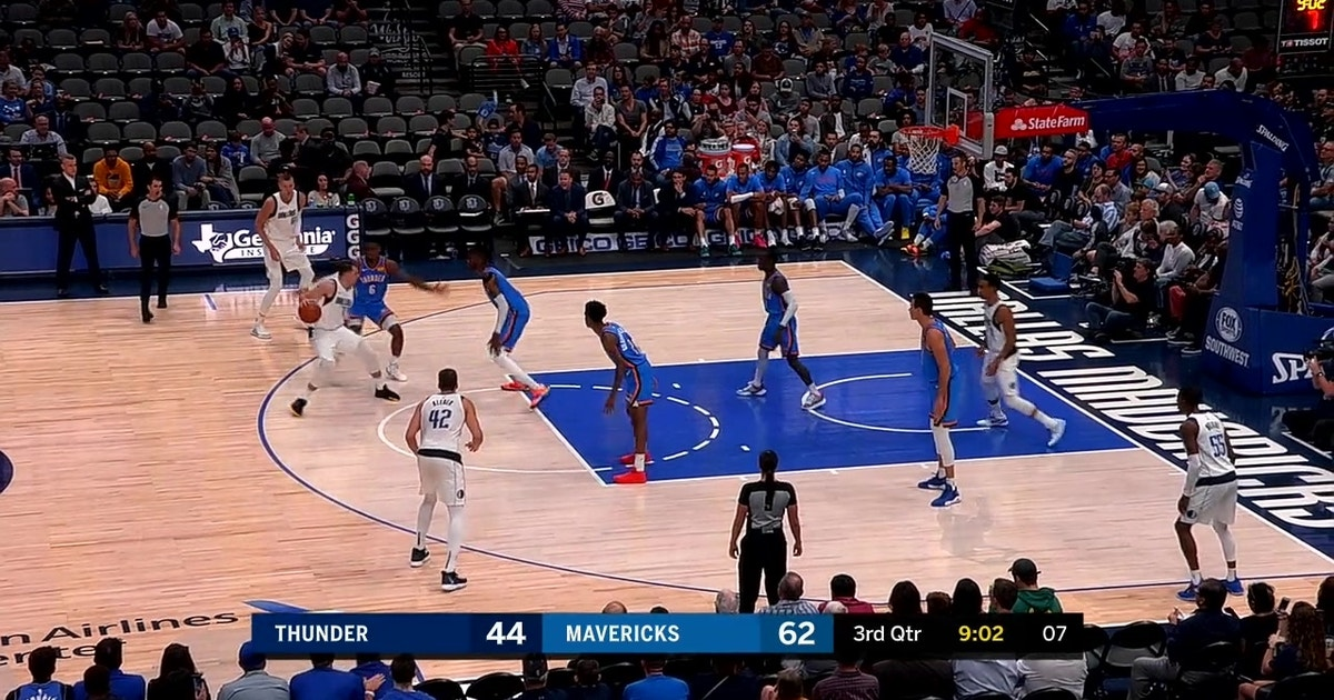 HIGHLIGHTS: Doncic Dime to Porzingis for the Open 3