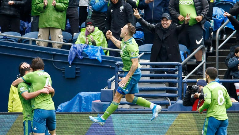 Watch Jordan Morris' hat trick that lifted Seattle over FC Dallas