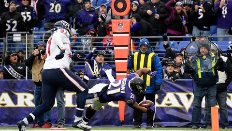 <p>               Baltimore Ravens running back Mark Ingram (21) dives in for a touchdown on a pass from quarterback Lamar Jackson, not visible, during the second half of an NFL football game against the Houston Texans, Sunday, Nov. 17, 2019, in Baltimore. (AP Photo/Nick Wass)             </p>