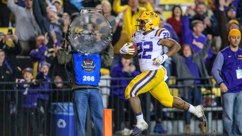 <p>               LSU running back Clyde Edwards-Helaire (22) runs for a touchdown against Arkansas during the second half of an NCAA college football game in Baton Rouge, La., Saturday, Nov. 23, 2019. (AP Photo/Matthew Hinton)             </p>